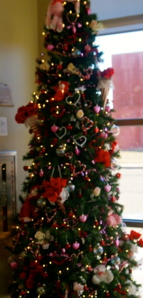The Valentine's Day Tree at the Lyons Public Library. All Photo Credit/Denise Gilliland, Editor and Chief, Kat Country Hub.