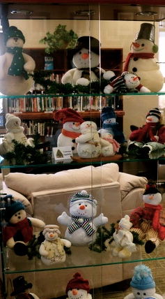 Laurene Appleby's snowmen collection is on display at Lyons Public Library. Photo Credit/Denise Gilliland, Editor and Chief, Kat Country Hub.