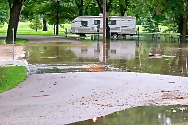 Morning storms caused flooding in Oakland's Park. Photo Credit/Denise Gilliland, Editor and Chief, Kat Country Hub.