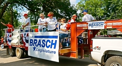 Senator Lydia Brasch campaigning at the fair parade. All photos credit of Denise Gilliland, Editor and Chief, Kat Country Hub.