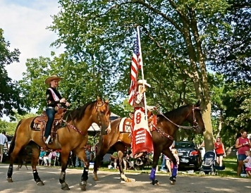 Horses bring up the rear of the parade. All photos credit of Denise Gilliland, Editor and Chief, Kat Country Hub.