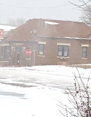 Strong winds blowing snow all over Oakland's Main Street. Photo Credit/Denise Gilliland, Editor and Chief, Kat Country Hub.
