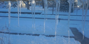 When the sun melted snow off our roof, it left behind some very long and pretty icicles. All photos credit of Denise Gilliland/Editor and Chief, Kat Country Hub.