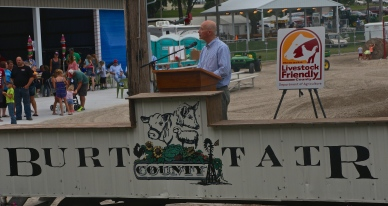 Governor Pete Ricketts attended the Burt County Fair designating Burt County Livestock Friendly. Photo Credit/Denise Gilliland, Editor and Chief, Kat Country Hub.